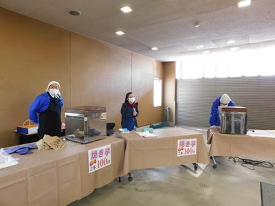 焼き芋販売.JPG